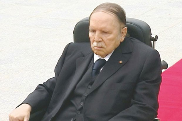 Photo of Bouteflika annonce sa candidature