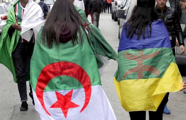 Photo of Le plus emblématique de tous les vendredis: L'honneur et l'unité sous….les drapeaux !