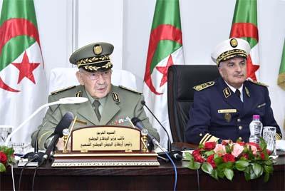 Photo of L'armée fait de l'économie :Gaid Salah adresse-t-il un message aux députés?